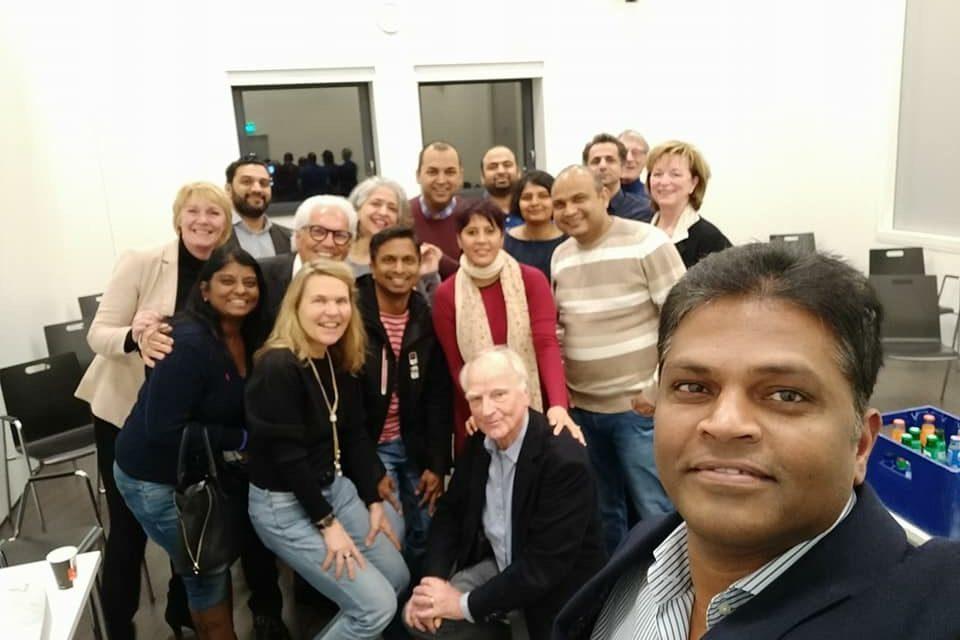 D66 spion aanwezig bij bbA informatieavond voor Indiase gemeenschap.